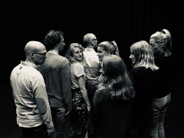 De Theaterkamer met Korte Productie Fysiek