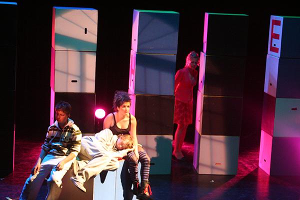 theaterlessen voor tieners en jongeren